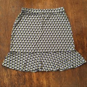 Max Studio Skirt with Ruffles at the bottom. Med